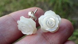 Серьги-пуссеты WHITE ROSES