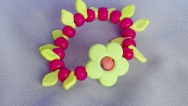 Детский браслет ′ЦВЕТЫ в САДУ′ розовый из деревянных бусин для девочки