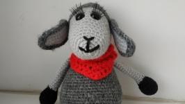 тут изображено Вязаная овечка