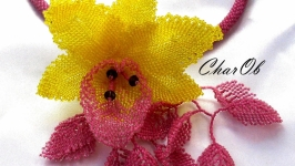 Necklace ′Orchid′ lemon-lingonberry