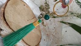 Брелок - кисточка с зеленым агатом ′Весна′