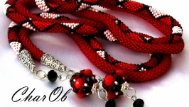 ′Elegy′ Lariat long transformer red