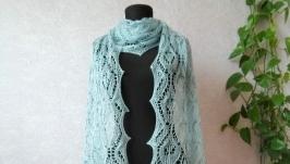 Вязаный бледно-голубой шарф из мериносовой шерсти