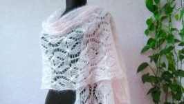 Нежно - розовый палантин, шарф из кидмохера