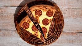 Декор на стіну ′Шматки піци′, 26х26х4 см.