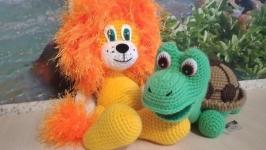 Вязаные игрушки Львенок и Черепашка