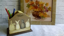 Карандашница ′ Зайцы в шоколаде′.