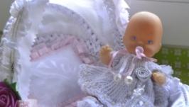 Малышка в колыбельке