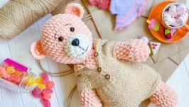 Плюшевый Медвежонок в комбинезоне ручной работы