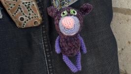 Вязаный брелок Велюровый фиолетовый мишка