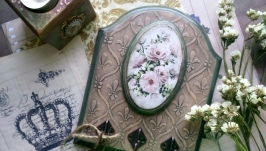 Ключница ′Розовый цвет′