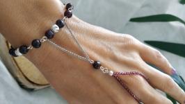 Слейв-браслет серебряный с гранатом ′Раба любви′