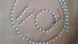 Комплект украшений из бусин: венок для волос, серьги, браслет ′WhiteJewelry