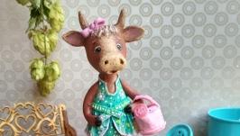 Ёлочная игрушка ′Коровка Розочка′