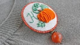 Именная брошь буква Оранжевая брошь тыква Бохо брошка осенняя