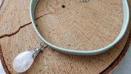 Чокер кожаный мятный с горным хрусталем ′Капля′