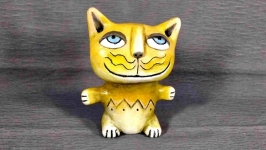 Желтый котик.