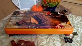 Піднос (таця) на ніжкаж ′Шоколадний′