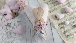 Нежное розовое сердце в стиле Тильда