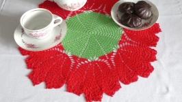 Вязаная салфетка праздничная Serviette festive