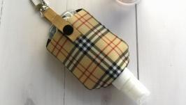 Чехол, держатель, органайзер для антисептика, брелок для сумки.