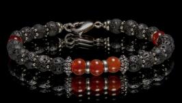 Браслет для мужчины из лавы с сердоликом и серебра на ювелирном тросе