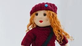 Кукла ручной работы в свитере и шапке, Интерьерная кукла на заказ