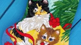 Готовая вышивка: сапожок «Кошачий Новый год»