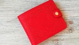 Портмоне женское красное из натуральной кожи с тиснением два сердца ручной
