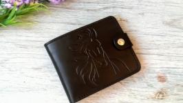 Портмоне бумажник мужской черный кожаный с тиснением лошадь конь