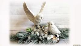 Новогодняя композиция на спиле дерева с совами Подарок на день св. Николая
