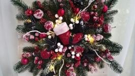 Хвойна сніжинка, новорічний декор на двері з led-підсвіткою