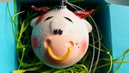 Ёлочные игрушки шары ′ Бычок′