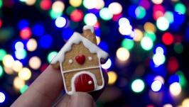 Новорічна брошка пряниковий будиночок, подарунок на Новий Рік або Різдво