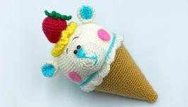 Мороженое - мишка, вязаная игрушка, белый