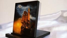 Подставка для телефона, смартфона, планшета. электронной книги ′Корабль′