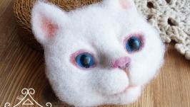 Брошь ′Белый кот′