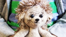 Hedgehog, knitted toy