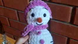 Плюшевый снеговик