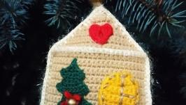 Вязаный сувенир Пряничный домик