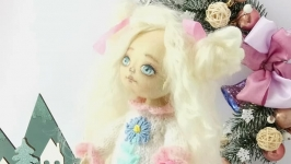 Кукла текстильная игровая из хлопка волосы ангорская козочка.