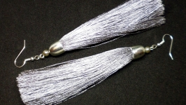 Серьги-кисти серебристые