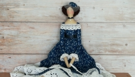 тут изображено Интерьерная кукла Тильда
