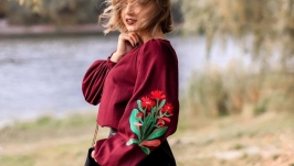 Вишита жіноча блузка r e d b l o o m