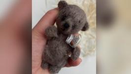 Коричневый коллекционный подарочный миниатюрный мишка