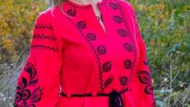 Платье вышитое на льне