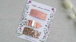 Набор заколок для девочки в пудрово - розовом цвете
