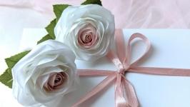 Заколки для волос с миниатюрными розами