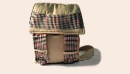Бежевий рюкзак у клітинку