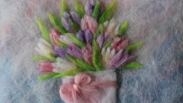 Картина из шерсти Тюльпаны